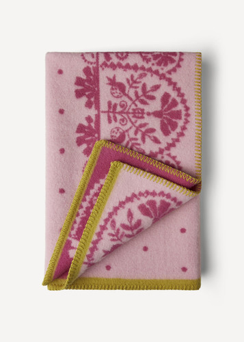 Oleana Baby Blanket with Lacy Pattern, 208V Light Pink