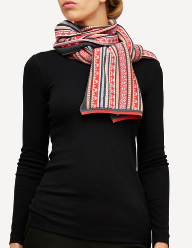 Oleana Scarf, 334VD Coral
