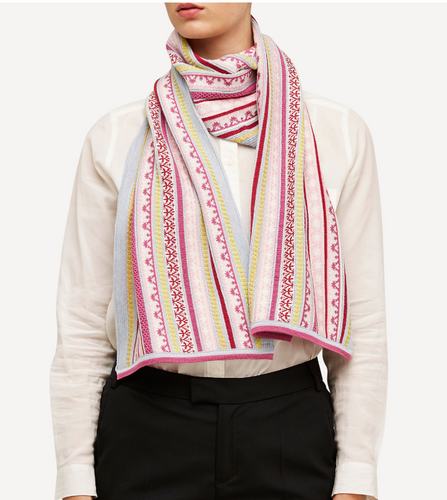 Klara Oleana Shawl, 334V Light Pink