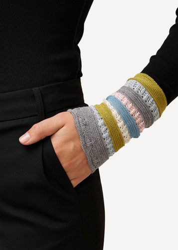 Viktoria Oleana Striped Textured Wristlet, 324D Grey