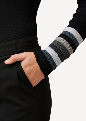 Viktoria Oleana Striped Textured Wristlet, 324O Black