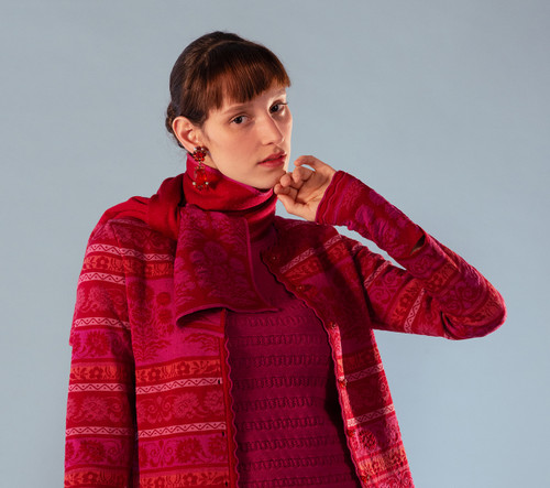 Oleana Alhambra Scarf, 364-R Red (346R)