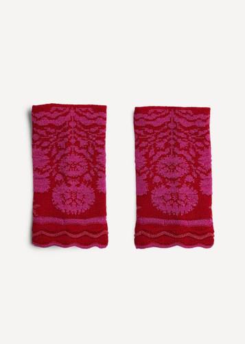 Oleana Alhambra Wristlet, 365-R Red