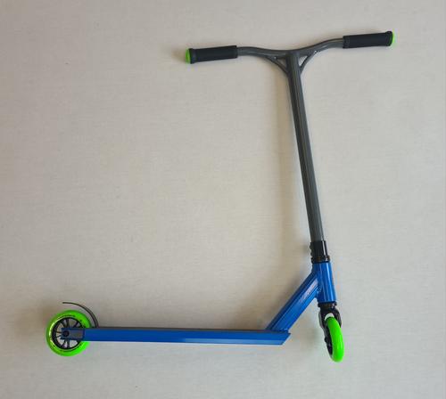 Custom Stunt Scooter - Blunt Envy / Blazer Pro - Blue / Grey / Green