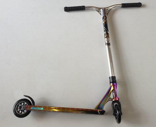Custom Stunt Scooter -Blunt Envy / MGP - Reaper Bars Prodigy S8 Complete Scooter - Oil Slick / Chrome