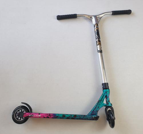 Custom Stunt Scooter -Blunt Envy / MGP - Reaper Bars Prodigy S8 Complete Scooter - Dusk / Chrome