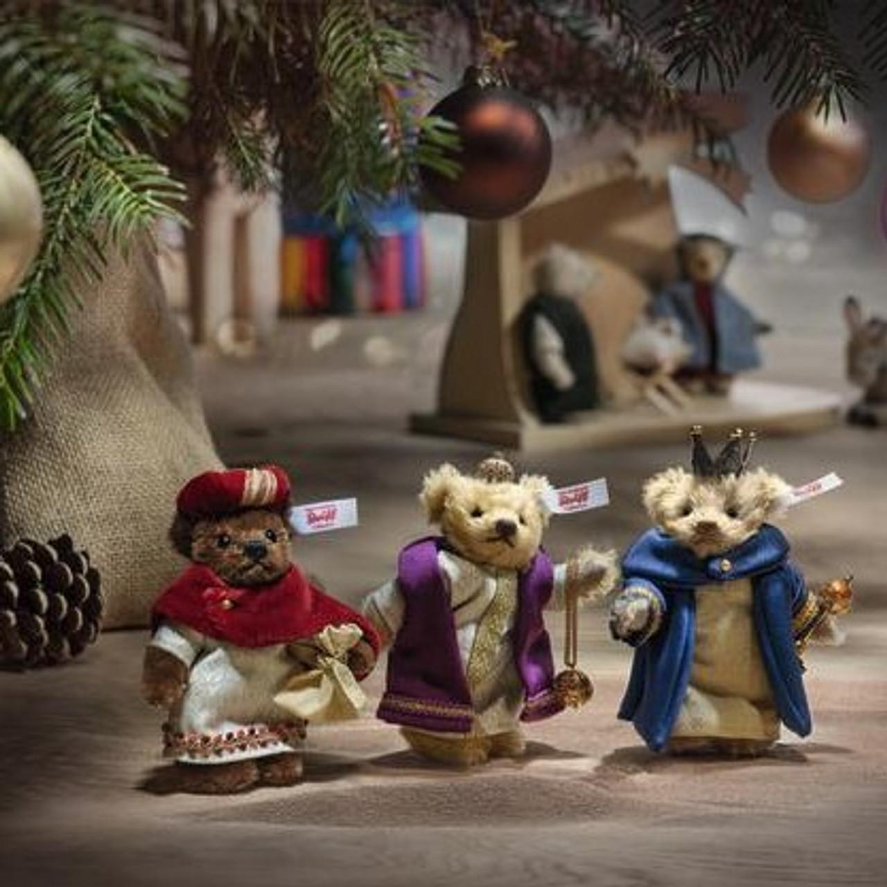 Three Holy Kings Christmas Steiff, 007064. Lifestyle