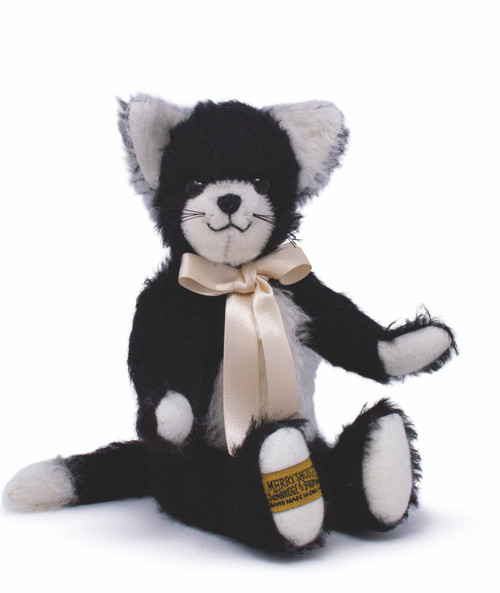 Coco Merrythought Cat 22cm sitting