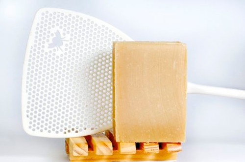 Like insect repellent in a soap! Great for camping or general use when those unwelcome little guests get troublesome.  INGREDIENTS: soap base (goat milk, olive oil, palm oil, coconut oil, soybean oil, palm kernel oil, sodium hydroxide), essential oils of citronella, eucalyptus citriodora, lavender, catnip
