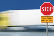 Choosing a Regulatory Road Sign Supplier