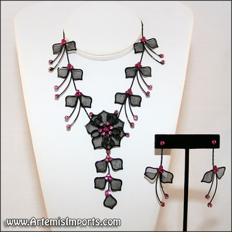 Belly Dance Necklace & Earrings in Black Wire & Fuchsia Rhinestones