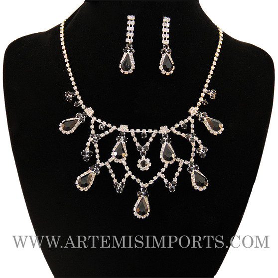 Belly Dance Necklace & Earring Set in White and Black Crystals