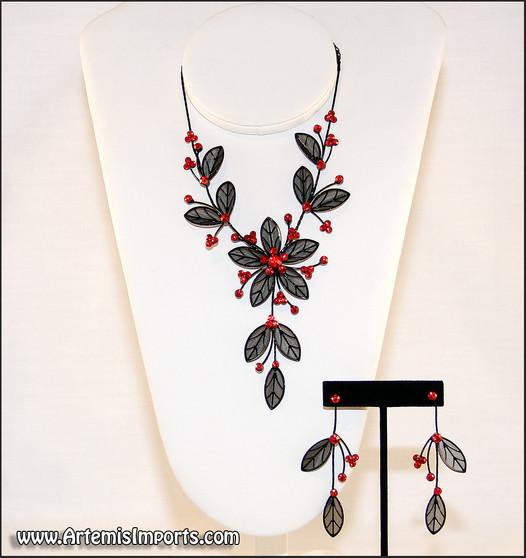 Belly Dance Necklace & Earrings in Black Wire & Red Rhinestones