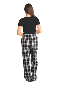Zynotti black and white flannel matching pajama set for wife with black tee