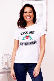 ZYNOTTI Kiss Me I Got Vaccinated white graphic T shirt