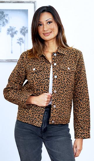 zyn-fall2021-dressupwihtstyle-homepage-banner-shop-jackets.jpg