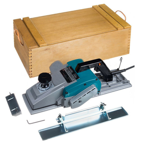 """Makita 1806B  6-3/4"""" 10.9A Planer with Case"""