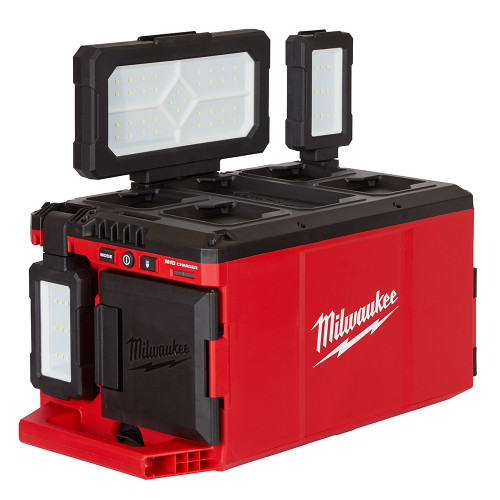Milwaukee 2357-20 M18 PACKOUT Light/Charger