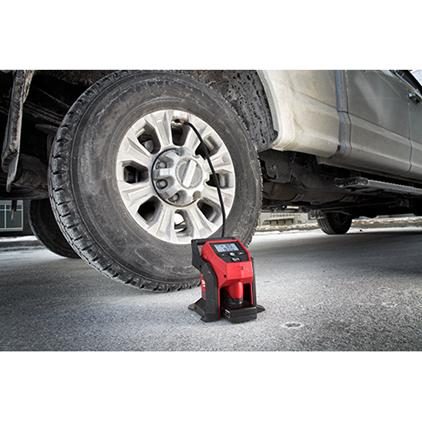 Milwaukee 2475-21XC  M12 Compact Inflator Kit