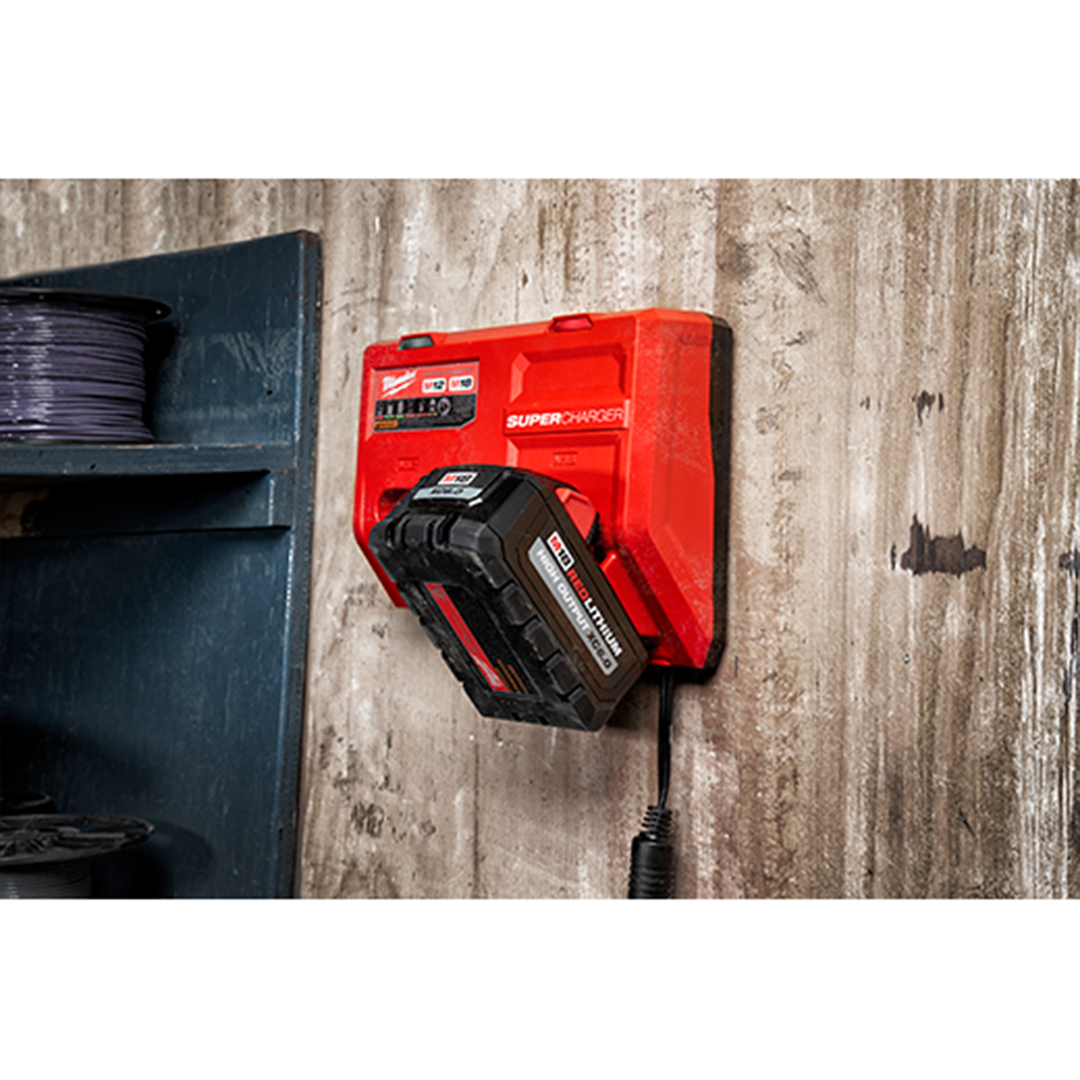 Milwaukee 48-59-1811 M18 & M12 Super Charger