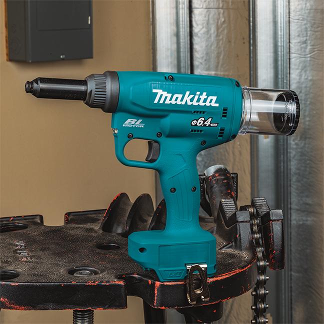 Makita DRV250Z Cordless Rivet Gun with Brushless Motor