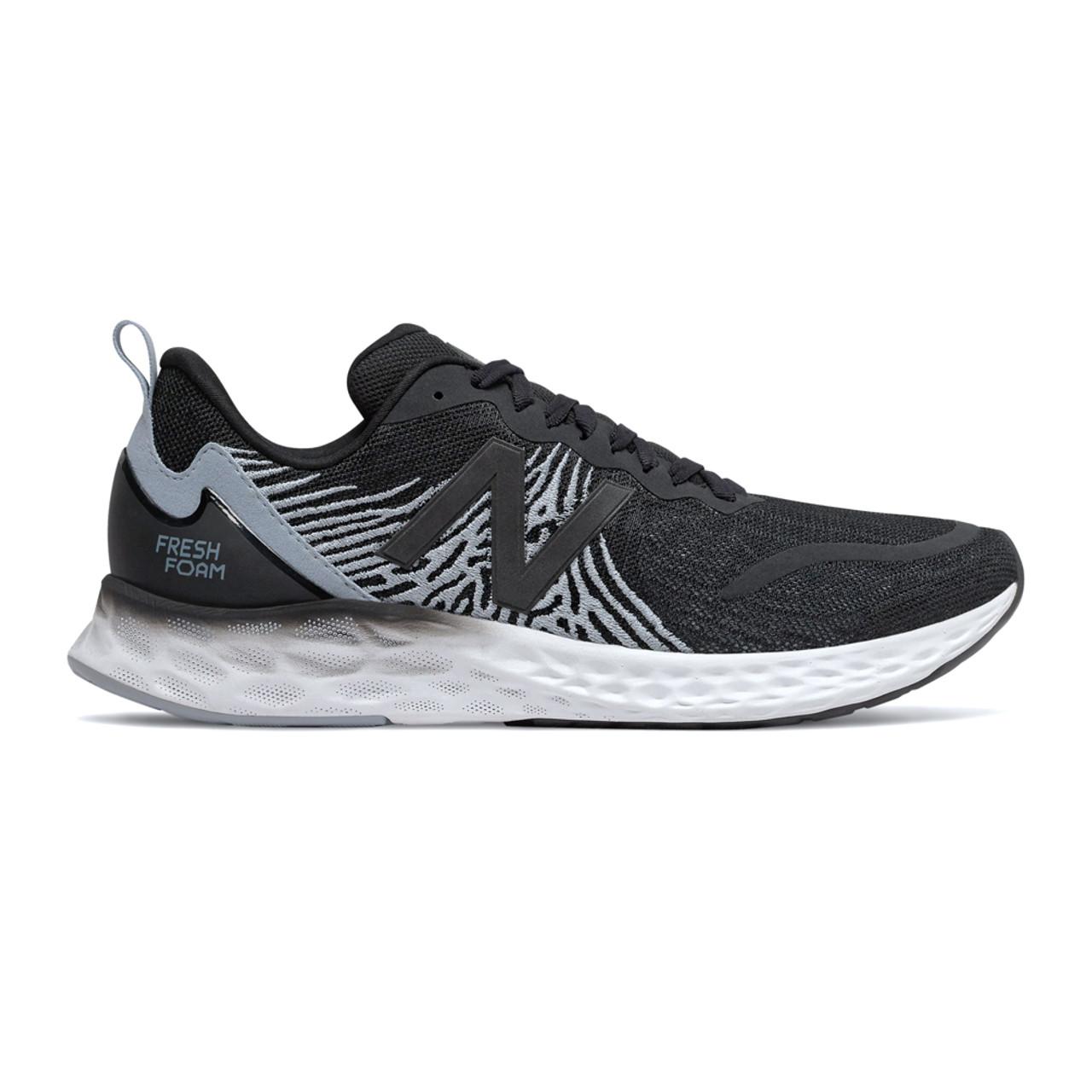 black new balance running shoes