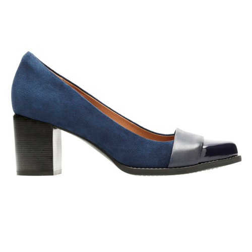 Clarks Women's Tarah Brae Dress Shoe Navy - Shop now @ Shoolu.com