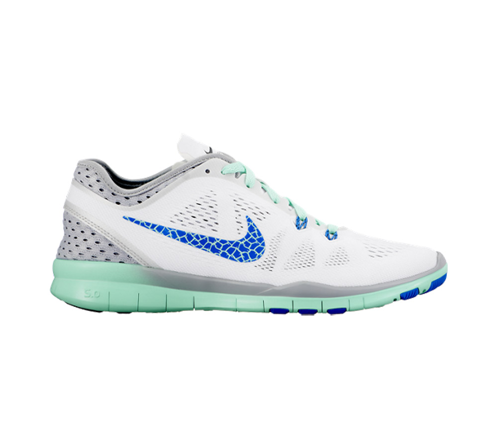 90e434b5741df Nike Women s Free 5.0 TR Fit 5 Breathe Cross Trainer White Soar Grey -