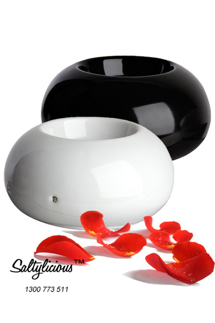 Aromatherapy Electric Oil Burners 1 X Black 1 X White