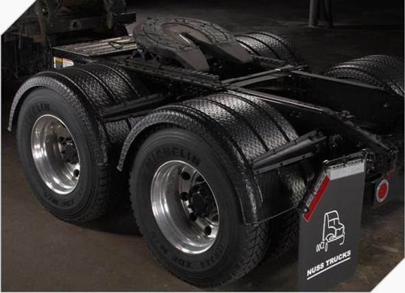 Minimizer 2260 Series Diamond Plate Black Fenders (Installed)