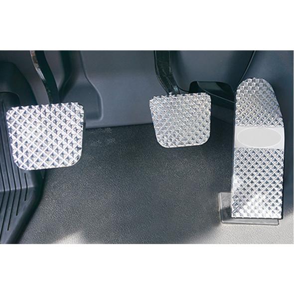 Peterbilt 379 386 388 389 Diamond Billet Foot Pedal Set - Peterbilt 567/579/587 (2014+) Diamond Billet Foot Pedal Set - Logo Plate Not Included