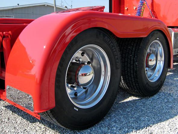 Semi Truck Fiberglass Super Single Full Fender Set With Brackets Close Up