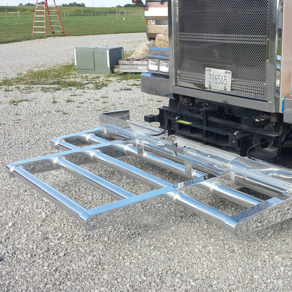 Western Star 4900 SFA Herd Texas Bumper Grill Guard Down