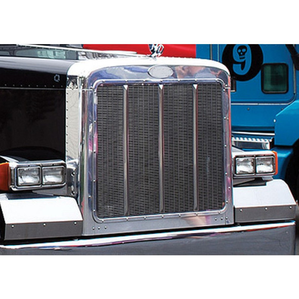 Peterbilt 379 Chrome Grill Surround On Truck