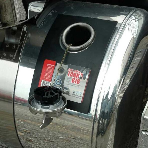 Universal Rubber Fuel Cap Bib With Cap Off