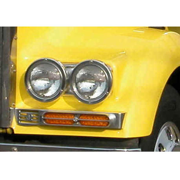 "Double JJ 7"" Round Fender Mounted Headlights On Truck"