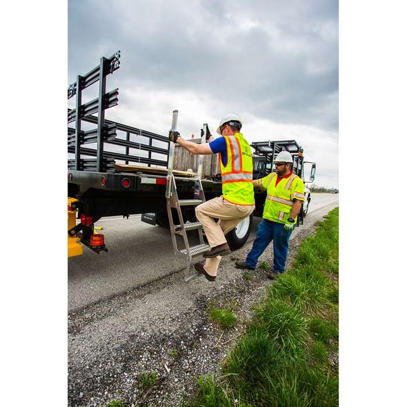 Trucker I Ladder Mounting