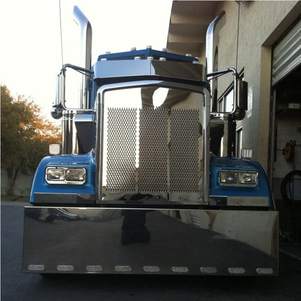 Kenworth W900L SS Grill With Small Diamond Cutouts On Blue Truck