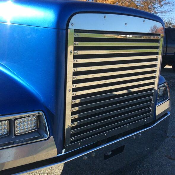 Freightliner Classic FLD 120 Grill Insert With 14 Horizontal Bars 1990 & Up By Roadworks Angle View