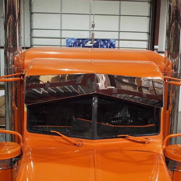Peterbilt 379, 388, 389 Reverse Bowtie Visor On Truck