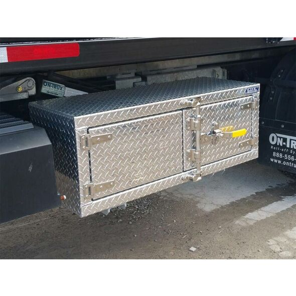 "Bar Lock With Cam Lock 60"" Underbody Tool Box On Truck 2"