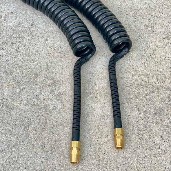 Air Brake Intelli-Flex Kink-Repairing Universal Service Or Emergency Coil Close Up