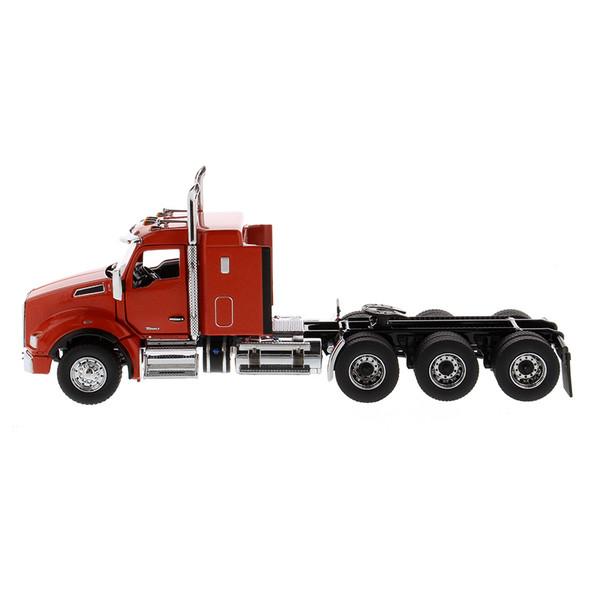 "Kenworth T880 SBFA 40"" Sleeper Tridem Tractor Driver View"