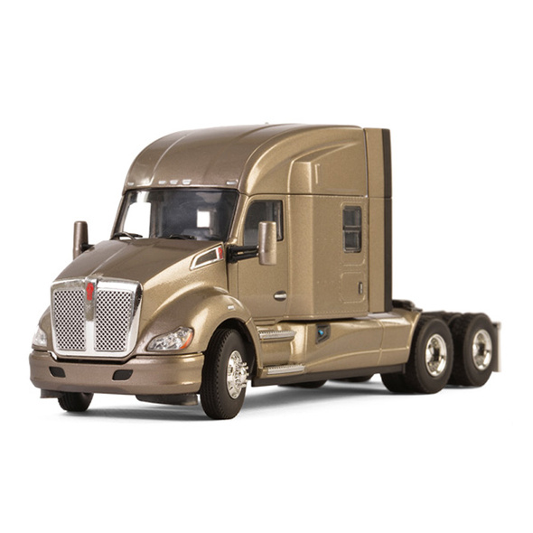 Kenworth T680 With Sleeper In Silver Replica 1/50 Scale