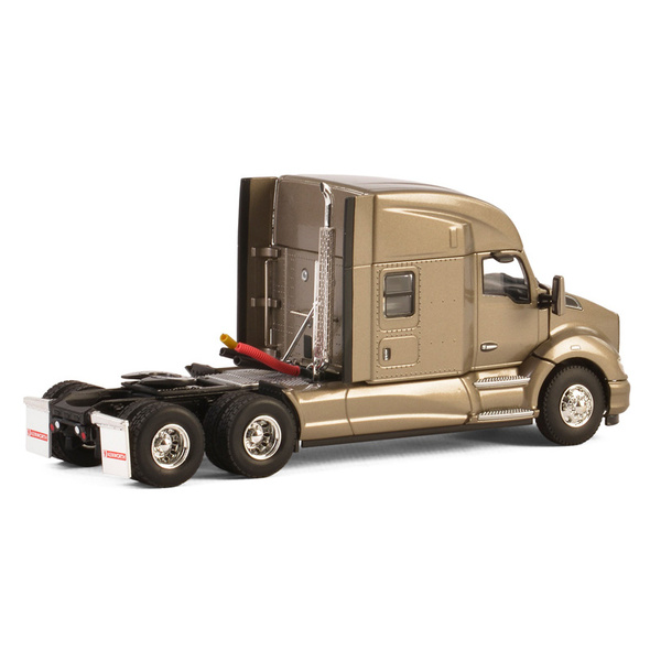 Kenworth T680 With Sleeper In Silver Replica 1/50 Scale Back