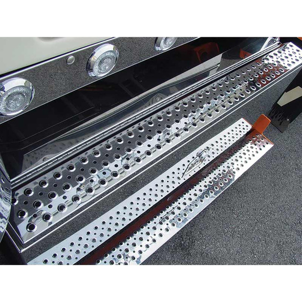 """Western Star 47.5"""" Large Replacement Step By Roadworks"""