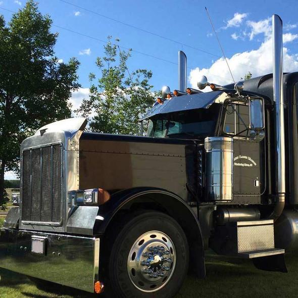 Peterbilt 379 Visor On Black Truck Side View