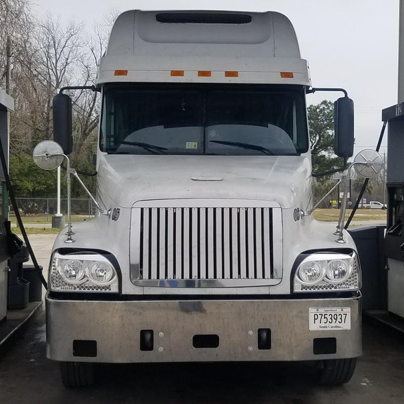Freightliner Century Grill with 17 Vertical Bars Full View