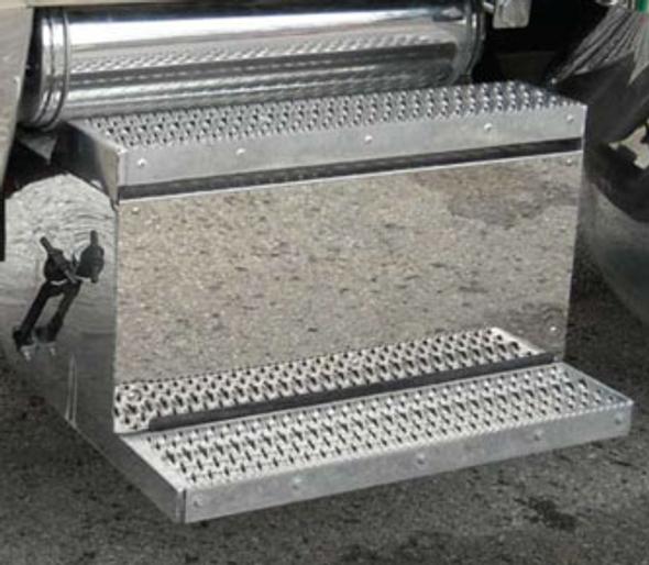 Peterbilt 388 389 Stainless Steel Battery Box Tool Box Panels Steps View