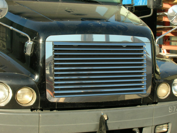 Freightliner Century Grill Louvered 2004 & Older - On Truck